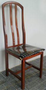 poltrona e a cadeira